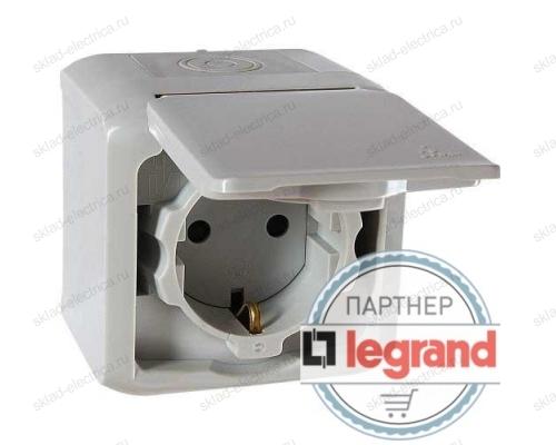 Розетка с заземлением без шторок IP44 Legrand quteo 782351